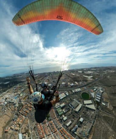 G.G.A.parapente vuelo en el sur de tenerife